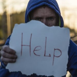 Mann braucht Hilfe